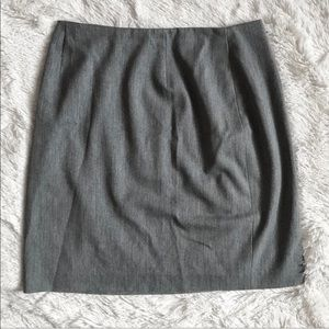 Jones & Co. Gray Mini Pencil Skirt Size 8